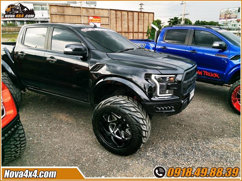 Lời khuyên mua bậc lên xuống dành cho xe bán tải Hilux BT50 Dmax Triton Colorado Ford Ranger Navara ở tp HCM